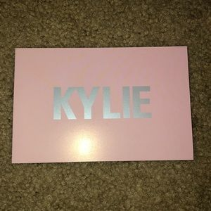 Other - Kylie Jenner signed card!
